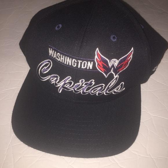 b29506851ea Reebok nhl washington capitals SnapBack cap hat